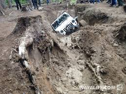 muddy jeep muddy monday show us your jeep in the sticky stuff