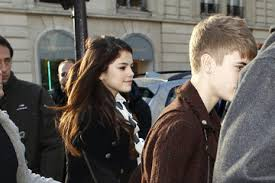 will selena gomez and justin bieber be together for thanksgiving