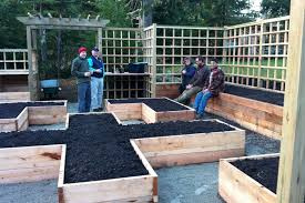 24 gorgeous diy raised garden bed ideas to build a beautiful