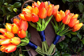 tulip bouquets flower alternatives orange tulip bouquets