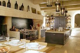 cuisine avec piano central urgent nous cherchons une cuisine pour un tournage vidéo lyon saveurs
