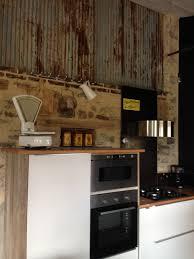 les fonds de cuisine gîte à la ferme bretagne cuisine aménagée sur fond de tôle
