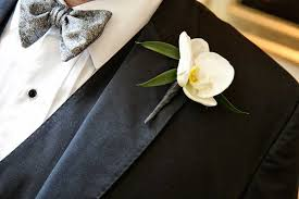 Orchid Boutonniere Boutonnieres Photos Groom U0027s Single White Orchid Boutonniere