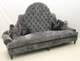 High Back Tufted Loveseat Best 25 Victorian Sofa Ideas On Pinterest Victorian Furniture