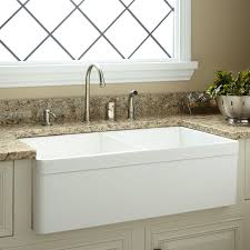 Fireclay Kitchen Sinks by 9 Best Images About Farmhouse Sinks On Pinterest Double Bowl