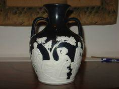 Wedgwood Vase Patterns Wedgwood Jasperware Two Handled Portland Vase Accents U0026 Pennants