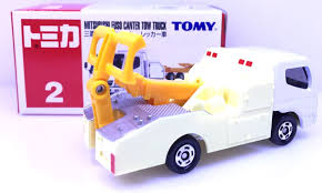 tomica mitsubishi fuso japan tomy tomica no 2 mitsubishi fuso canter tow truck diecast