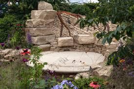 Garden Decor With Stones Some Inspiring Ideas You Can Use When Designing A Rock Garden