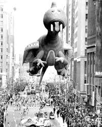 macy s thanksgiving day parade 1973 photos macy s balloons