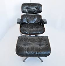 Eames Leather Lounge Chair 1st Gen Ray And Charles Eames 670 671 Leather Lounge Chair With