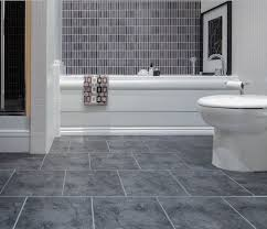 vinyl flooring bathroom ideas best 25 vinyl flooring for bathrooms ideas on