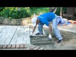 easy cobblestone patio project