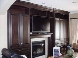 refaire les armoires de cuisine le décapage rajeunissement ou la restauration de vos armoires de
