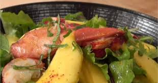 cuisiner le homard congelé recette salade de mangue au homard en vidéo