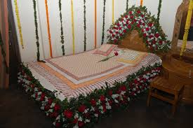 romantic bed decoration ideas with lowers for wedding day trendy