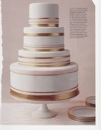 wedding cake gold bands