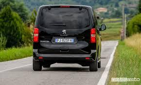 auto con porte scorrevoli nuovo peugeot traveller newsauto it