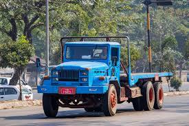 mitsubishi truck 2016 file mitsubishi truck in yangon 01 jpg wikimedia commons