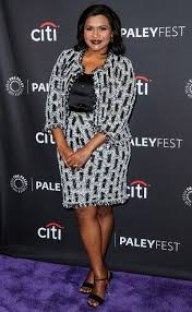 mindy project cast says kaling will be a u0027great u0027 mother people com