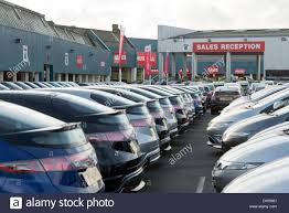 peugeot uk used cars cargiant used car supermarket london england uk stock photo