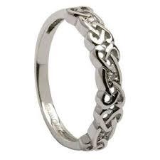 Irish Wedding Rings by Best 25 Celtic Wedding Rings Ideas On Pinterest Celtic Rings