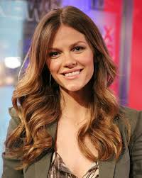 best haircuts for wavy curly hair haircut for curly hair oval face wavy hair oval face best