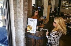 thanksgiving dinner orlando restaurants tap into demand for thanksgiving service orlando