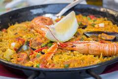 cuisine traditionnelle espagnole paella espagnole traditionnelle de nourriture image stock image du