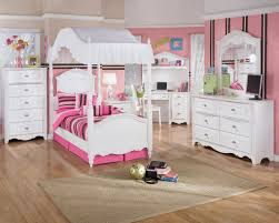 canopy bedroom sets for girls descargas mundiales com kids bedroom interior white wooden canopy bed with pink brown stripped bedding set placed on