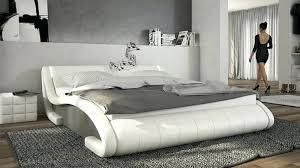 tendance chambre coucher tendance chambre a coucher chambre adultes classique avec cheminace