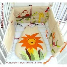 chambre de bébé jungle tour de lit jungle turbulette gigoteuse naissance linge de lit