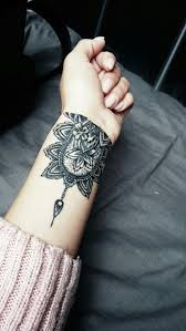 40 awesome wrist tattoo ideas for inspiration http www