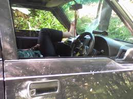 mobil jeep lama heavy metal music article mobil jeep jatuh ke sungai krukut