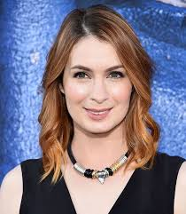 what is felicia day s hair color felicia day is expecting and due so soon