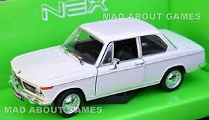 bmw 2002 model car bmw 2002 1 24 scale metal diecast car model die cast models cars