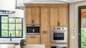 stain colors for oak kitchen cabinets 10 kitchen paint colors that work with oak cabinets