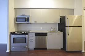 Designer Kitchen Appliances Virtual Tour Of 832 Bay Street Toronto Ontario M5s 1z6 Condo