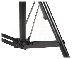 crank up triangle light truss system by griffin dj trussing