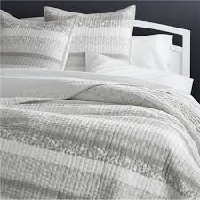 Duvet Vs Coverlet Quilts U0026 Coverlets King Queen Full U0026 Twin Crate And Barrel