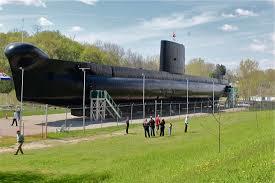 submarines warplanes and dutch country tour shorttrips ca