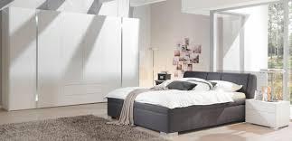 schlafzimmer boxspringbett moderne möbel und dekoration ideen ehrfürchtiges komplette