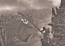 Iwo Jima Flag Raising Staged Raising The Soviet Flag Over Berlin May 1945 War 80s