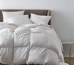 Comforter Store How To Choose The Best Down Comforter 3 Top Recommendations