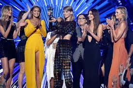 mtv vma 2017s history of taylor swift at the show