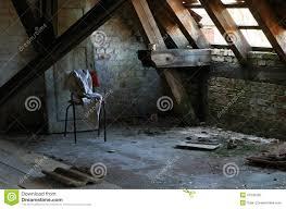 la soffitta palazzo vecchio soffitta una casa abbandonata stock images 53 photos