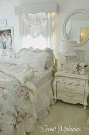 White Shabby Chic Bedroom by 33 Cute And Simple Shabby Chic Bedroom Decorating Ideas