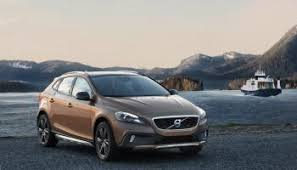 volvo v40 cross country r design 2013 volvo v40 adds r design package and you can t it