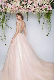 rental wedding dresses best 25 rental wedding dresses ideas on wedding gown