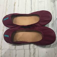 tieks black friday 31 off tieks shoes burgundy tieks flats in perfect new