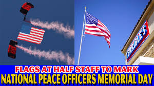 Flags At Half Mast In Texas Why Are The Flags At Half Staff Today 2017 Why Are Us Flags At